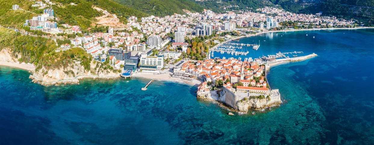 Херцег-нови: сколько стоит переезд и жизнь в черногории